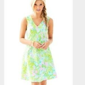 EUC Lilly Pulitzer Dahlia Stretch Fit and Flare